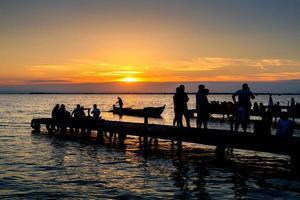 coucher de soleil à albufera photo