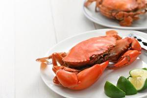 crabe de boue cuit à la vapeur, mâle et femelle