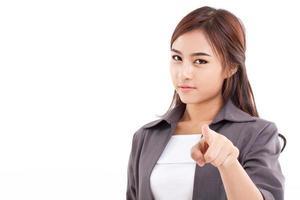 cadre féminin, femme d'affaires pointant vers vous photo