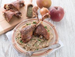 cuisses d'oie rôties avec gruau photo