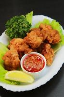 poulet frit et sauce kaimi au sichuan photo