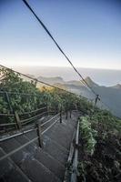 Le pic d'Adam au Sri Lanka photo
