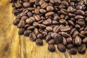 café sur fond de bois grunge photo