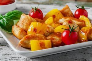 filet de poulet frit au poivre