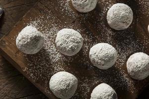 trous de beignets sucrés faits maison photo