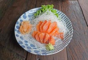 sashimi de saumon photo