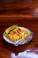 nouilles frites thaï ou pad thai photo