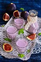 cocktai violet colorl photo