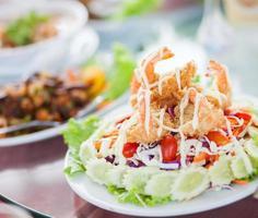 Salade de crevettes.