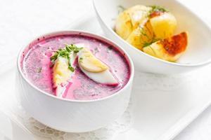 soupe froide de betterave photo