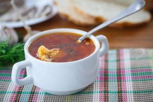 soupe de légumes au chou-fleur et betteraves photo