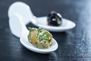 olives marinées photo