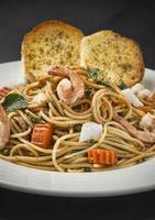 spaghetti aux moules photo