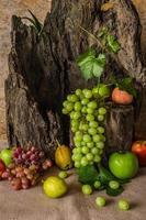 nature morte aux fruits. photo