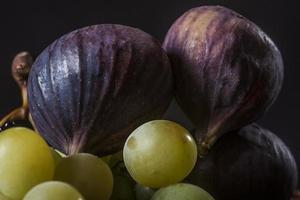 figues et raisins photo