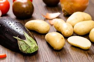 aubergines et pommes de terre