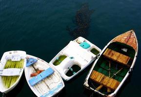 petits bateaux, baie de monterey