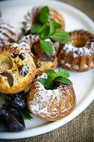 muffins farcis aux prunes séchées photo