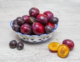 vase aux prunes photo