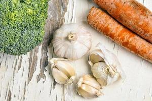 brocoli à l'ail et carottes photo