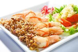 crevettes frites à l'ail photo