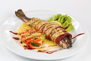 salade vs saumon photo