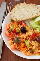 oeufs au plat avec légumes