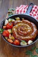 saucisse rôtie aux légumes photo