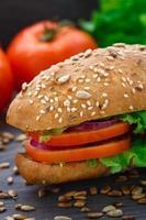 sandwich aux légumes frais