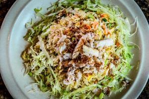 asperges crevettes et chair de crabe riz frit photo