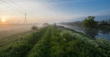 rivière du matin 2 photo