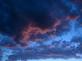 ciel du soir d'été photo
