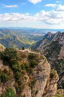 Belle montagne près du monastère de Montserrat en Catalogne, Espagne photo