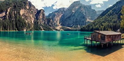 paysage avec lac