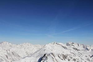 montagnes d'hiver photo