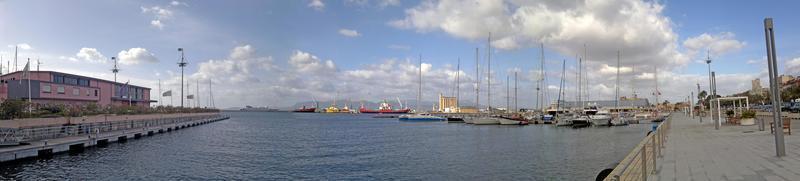 port super large photo