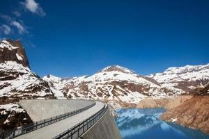 lac de printemps emosson photo