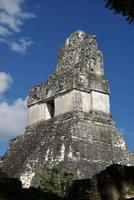 ruines mayas au guatémala