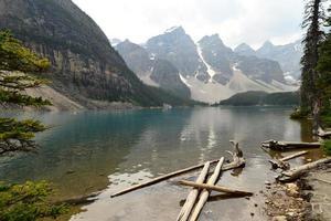 lac louise, canada photo