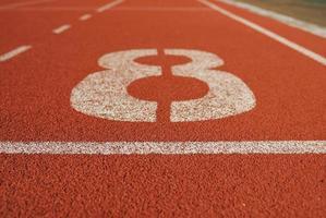 piste de course athlétique au stade photo