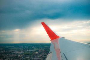 avion dans le film sky.tone. photo