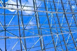 plafond géométrique bleu abstrait photo