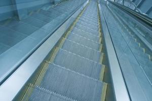 centre commercial couvert d'escalator