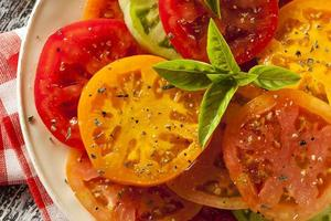 salade de tomates patrimoniale saine