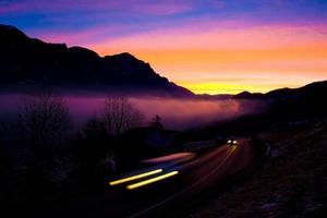 lever du soleil de montagne