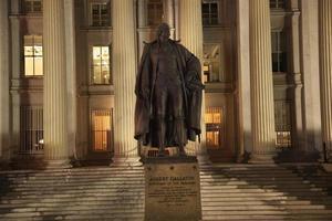 département du trésor américain albert gallatin statue washington dc photo