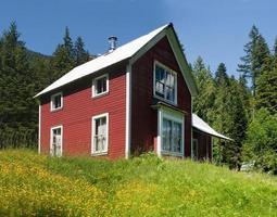 maison de montagne rouge