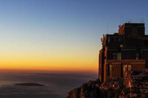 station de téléphérique sur la montagne de la table photo