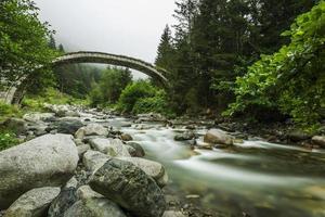 pont de pierre, rize, turquie photo