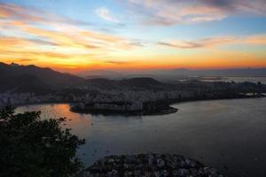 coucher de soleil à rio photo